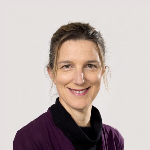 Dr Stephanie Wilson